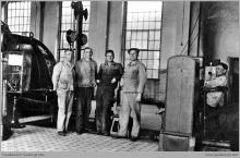 Lata 30-te ub. wieku - Maszynownia parowej maszyny wyciągowej szybu I - (foto ze zbiorów kopalni/H. Konska)