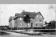 """1935 - Familoki przy """"Szybach Jankowice"""" - (foto ze zbiorów kopalni/L. Adamczyka)"""