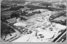 1977 - 1) Rozbudowa obiektów i urządzeń Zakładu Przeróbki Mechanicznej Węgla – (foto ze zbiorów kopalni)