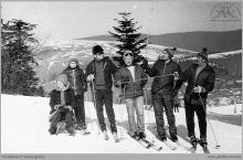 Lata 80-te ub. wieku - Na stoku narciarskim - (foto ze zbiorów D. Kurczaka)