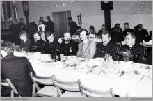 """1991 - Przewodniczący związków zawodowych działających w kopalni """"Jankowice"""" podczas """"Barbórki '91"""" - (foto ze zbiorów kopalni)"""