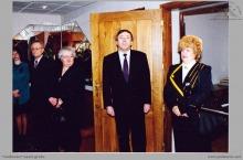 1993 - Uroczyste otwarcie nowej placówki PKO BP przez dyrektora kopalni K. Zająca i dyrektor rybnickiego oddz. PKO BP S. Cichecką – (foto ze zbiorów kopalni)
