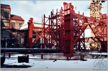 2000 - Montaż wieży wyciągowej szybu 8 - (foto ze zbiorów kopalni)