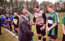 Rozgrywki piłkarskie - 2004