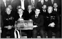 """1975 - 1) Spotkanie ludzi zasłużonych dla kopalni """"Jankowice"""" w okresie powojennym z okazji XXX lecia PRL - (foto ze zbiorów A. Morgały)"""