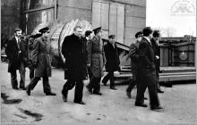 """1977 - 2) Wizyta dowództwa Północnej Grupy Wojsk Radzieckich na kopalni """"Jankowice""""– (foto ze zbiorów kopalni)"""