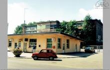 1995 - Kasa PKO BP i placówka handlowa w byłej portierni – (foto ze zbiorów kopalni)